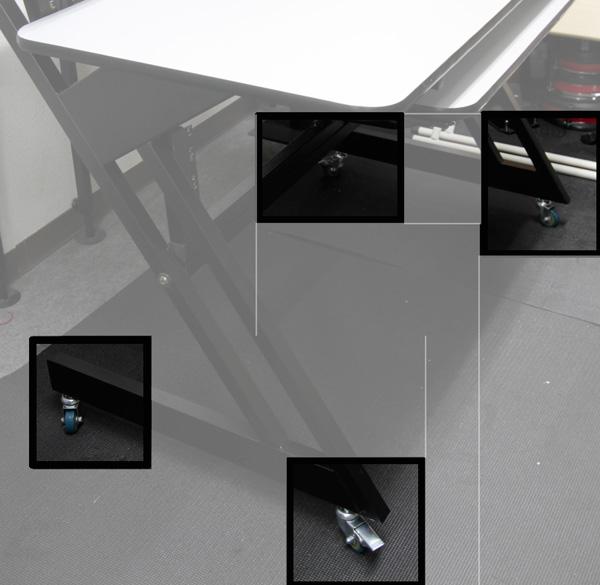 本体の脚は設置後も移動できるように、ストッパー付きのキャスターが付いています。
