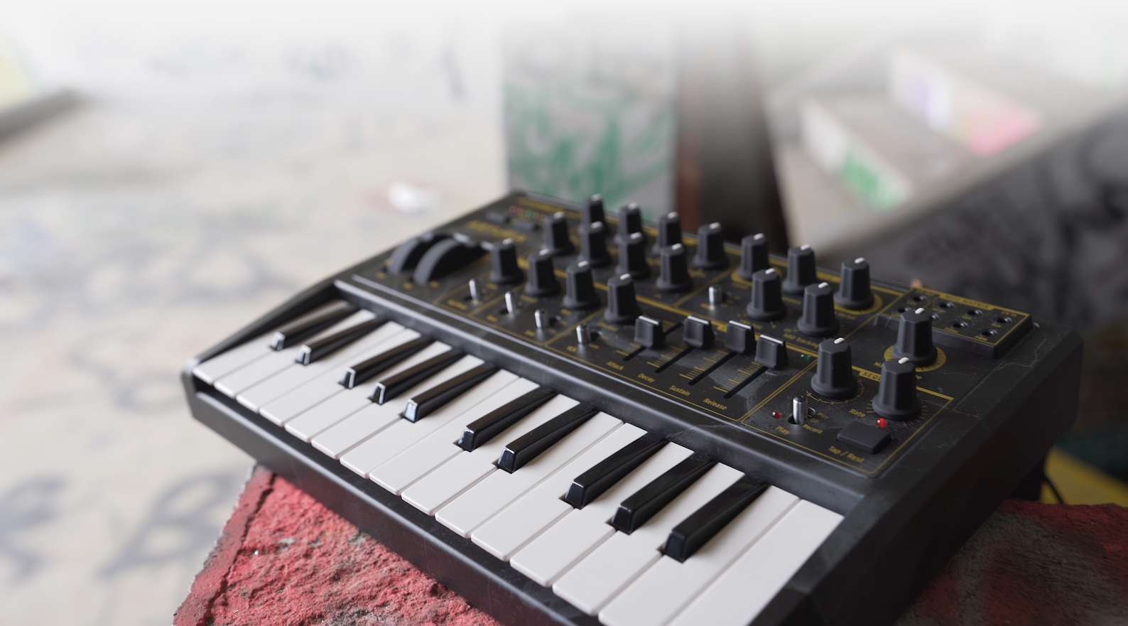 Arturia アートリア MicroBrute Creation アナログシンセサイザー 限定モデル