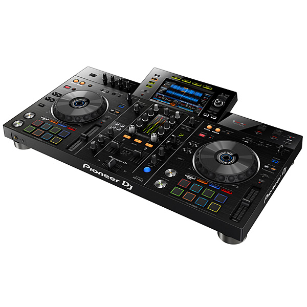 Pioneer(パイオニア) / XDJ-RX2 【rekordbox dj ライセンス付属】 - USBメモリー、iPhone、Android 対応 DJコントローラー -【期間限定収納ケースプレゼント!】