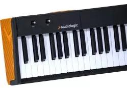 Studiologic Numa Compact2の鍵盤