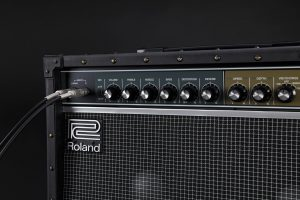 Roland(ローランド) / JAZZ CHORUS JC-40 - ギターアンプ - 【Belden高品質ギターシールド&OAタッププレゼント!】