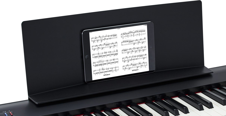 【徹底比較】スリムなデジタルピアノROLAND「FP-30」と KORG「D1 ...