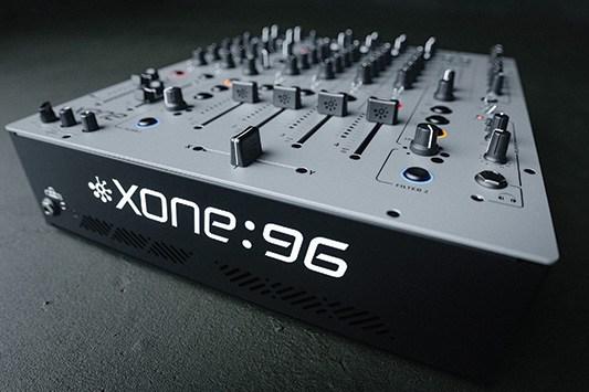Allen&Heath(アレンアンドヒース) / Xone:96 - DJミキサー - 【海外並行輸入品】 2大特典セット